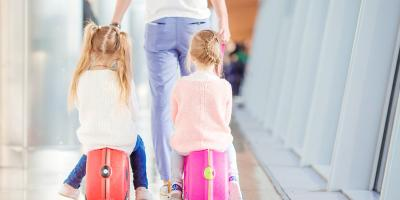 Family trips : How to best deal with jet lag with your little ones